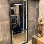 Stalen schuifdeur op badkamer 1